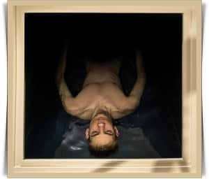 man-floating-in-a-sensory-deprivation